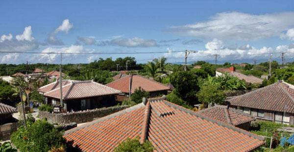沖縄の昔ながらの家を再現